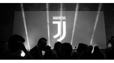 Juventus új címer a 2017/18-as szezontól